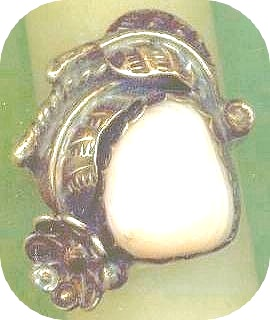 Native American Navajo Silver Floral and Feather Shell Ring view 1